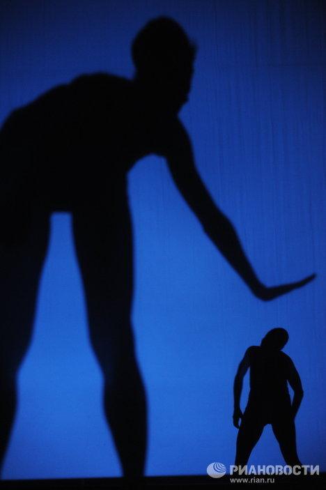 """Nacho Duato clausura el Festival de Teatro Chejov con su """"Multiplicidad"""""""