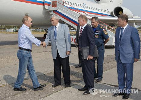 Putin participa en la extinción de incendios forestales desde avión anfibio Be-200