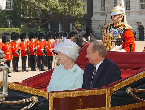 Elizabeth II Putin meeting London