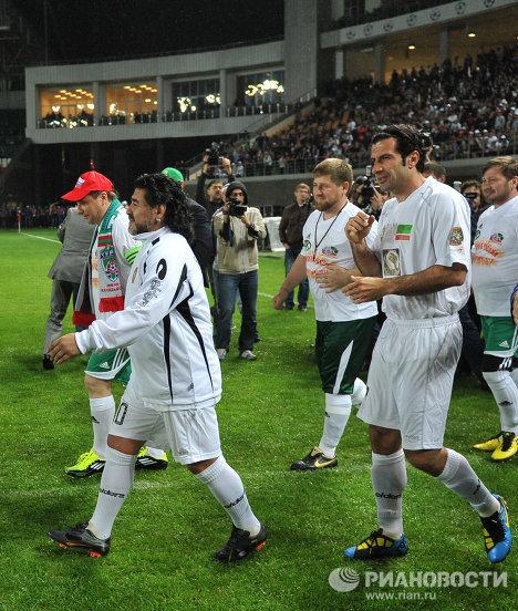 Диего Марадона, Рамзан Кадыров и Луиш Фигу (слева направо)