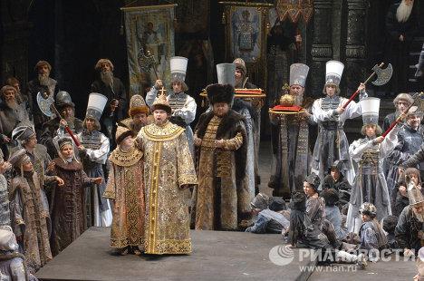 Новая сценическая версия оперы Борис Годунов
