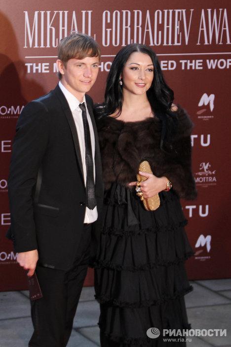 Роман Павлюченко с супругой Ларисой