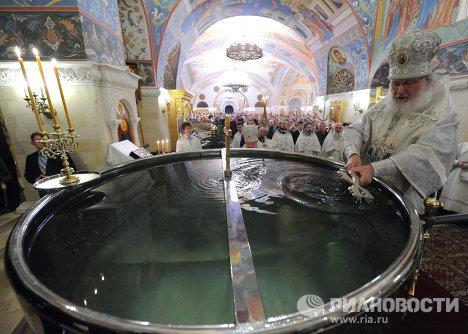 Патриаршее служение в храме Христа Спасителя