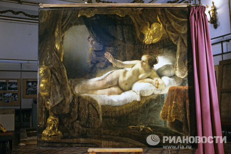 Картина Рембрандта Даная на реставрации
