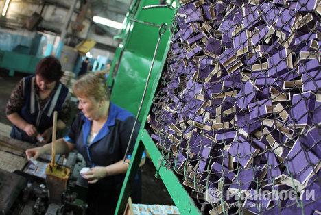 Работа спичечной фабрики Победа в селе Верхний Ломов