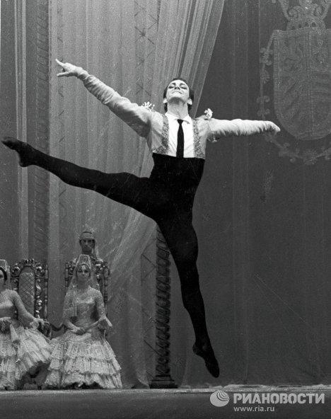 Солист балета Марис Лиепа «Дон Кихот»