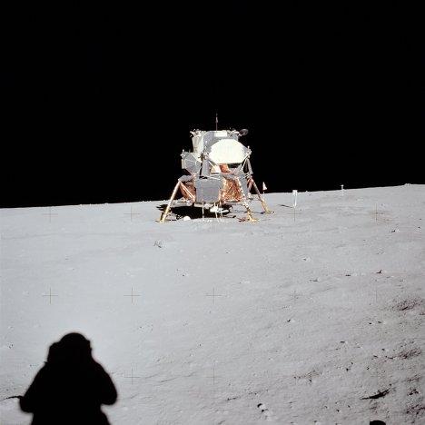 Лунный модуль «Аполлон-11» на поверхности Луны