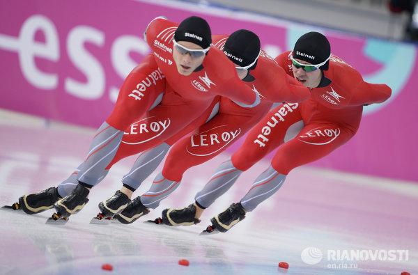 Конькобежный спорт. Чемпионат мира. Командная гонка. Мужчины