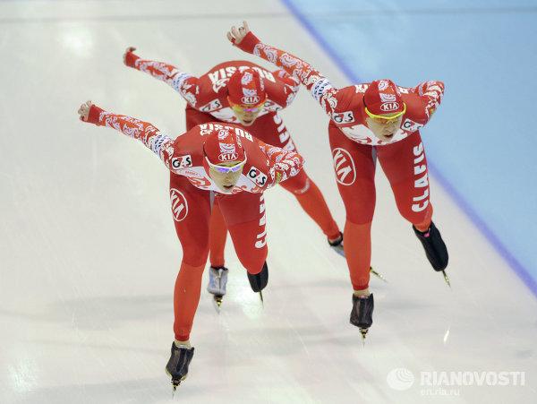 Конькобежный спорт. Чемпионат мира. Четвертый день