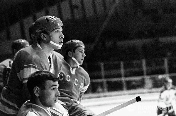 Советские хоккеисты