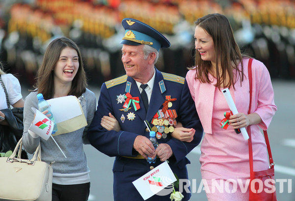 Ветеран Великой Отечественной войны на праздновании Дня Независимости Белоруссии