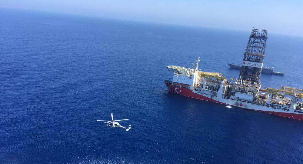 El buque de perforación turco Fatih