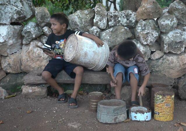 Dos niños mexicanos rompen con todas sus limitaciones para mostrar sus habilidades