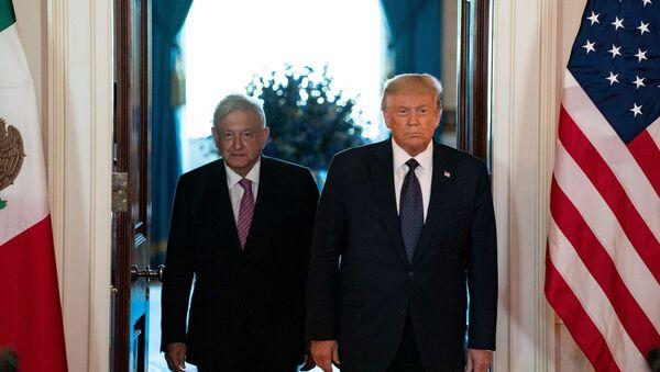 Los presidentes de México y EEUU, Andrés Manuel López Obrador y Donald Trump - Sputnik Mundo