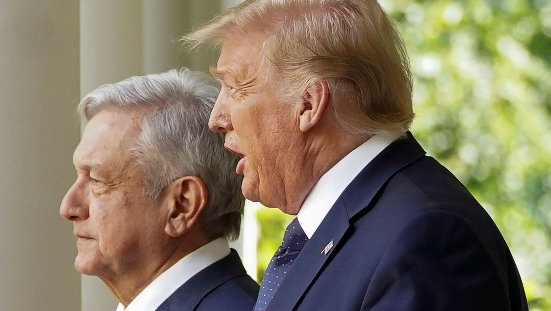 El presidente de México, Andrés Manuel López Obrador, junto a su homólogo estadounidense, Donald Trump - Sputnik Mundo, 1920, 09.07.2020