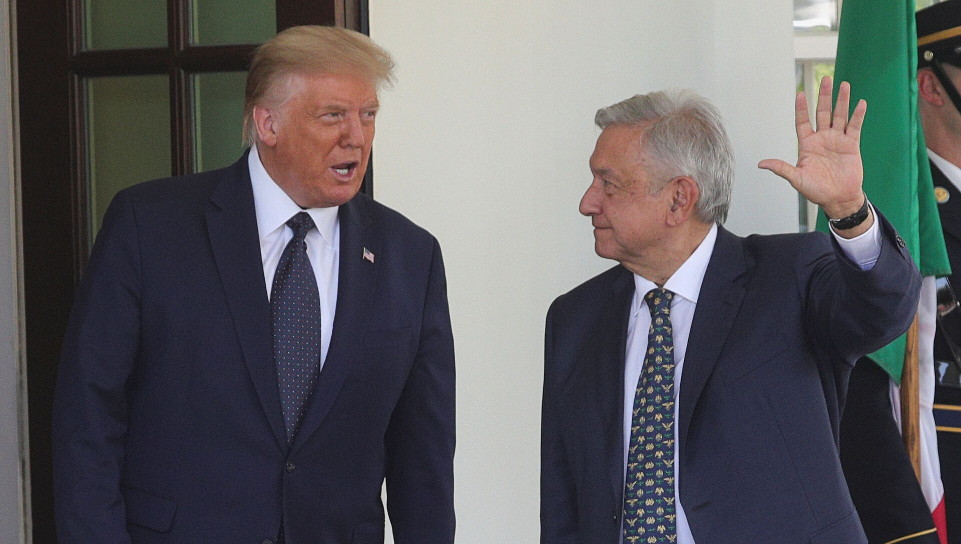 El presidente de México, Andrés Manuel López Obrador, junto a su homólogo estadounidense, Donald Trump - Sputnik Mundo, 1920, 10.07.2020