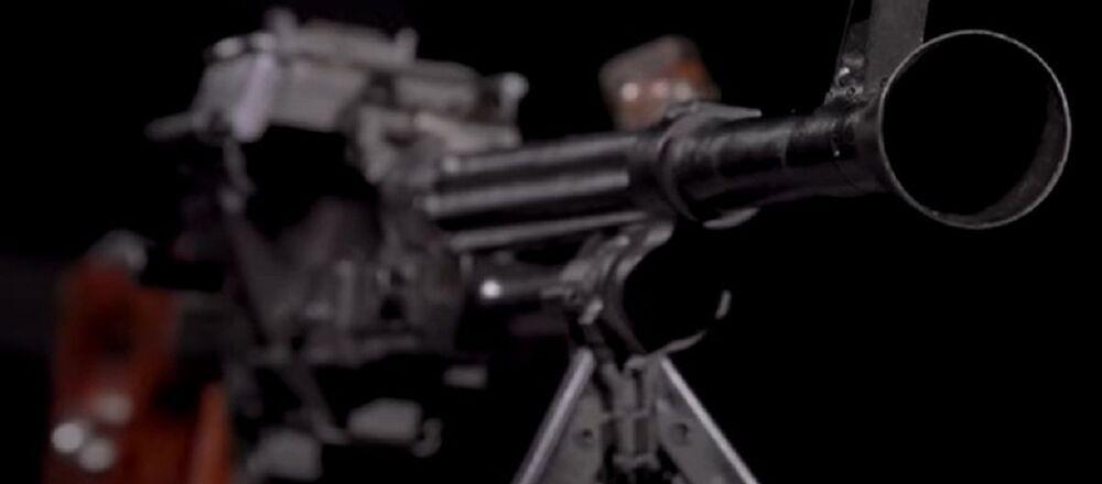 Uno de los primeros prototipos del AK-47, la amertralladora EF-01