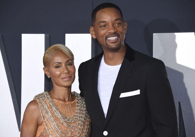 El actor estadounidense Will Smith con su esposa Jada Pinkett Smith
