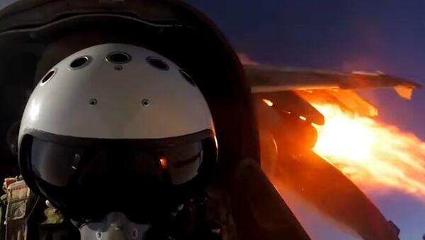 Entrenamiento de los pilotos de los aviones de ataque Su-25SM3 - Sputnik Mundo