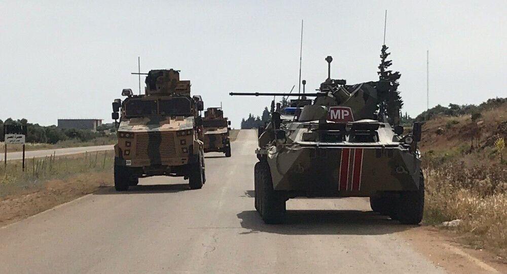Un patrullaje conjunto ruso-turco en Siria (archivo)