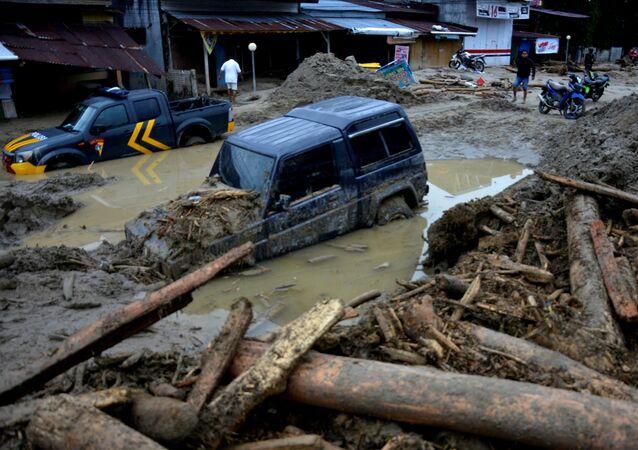 Consecuencias de las riadas en Indonesia
