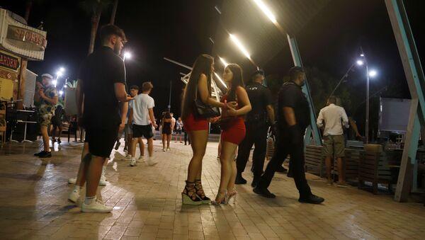 La vida nocturna en Mallorca, España - Sputnik Mundo