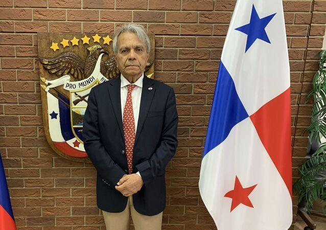 Efraín Villarreal Arenales, el embajador de Panamá en Moscú
