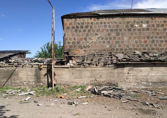Las consecuencias de choques armados en la frontera entre Azerbaiyán y Armenia