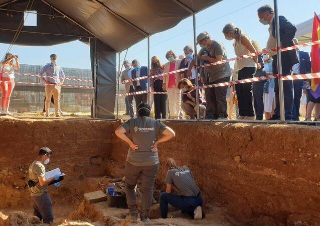 Exhumación de la fosa común de Pico Reja, cementerio de Sevilla
