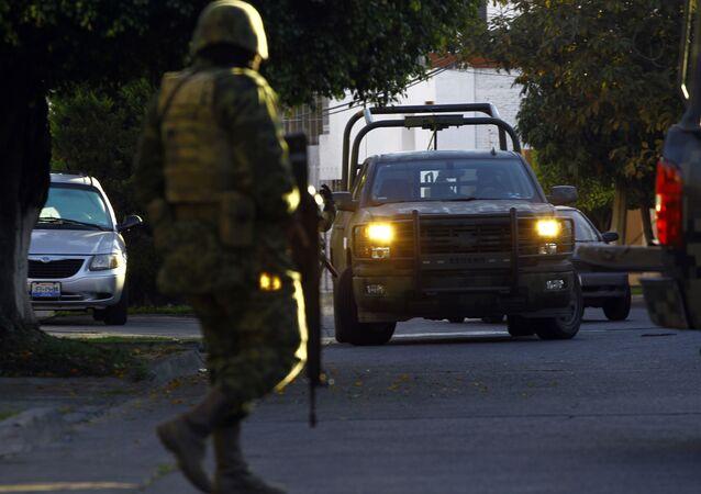 Un soldado durante un operativo de seguridad en Jalisco, México