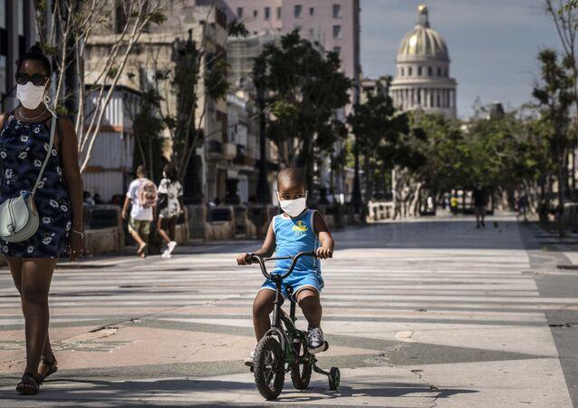 Un niño cubano