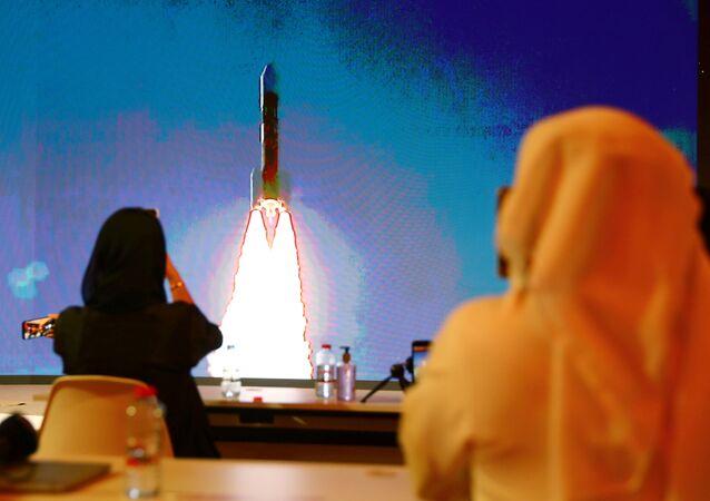 El lanzamiento del cohete H-IIA con la primera sonda marciana de los Emiratos Árabes Unidos