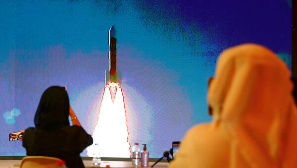 El lanzamiento del cohete H-IIA con la primera sonda marciana de los Emiratos Árabes Unidos - Sputnik Mundo