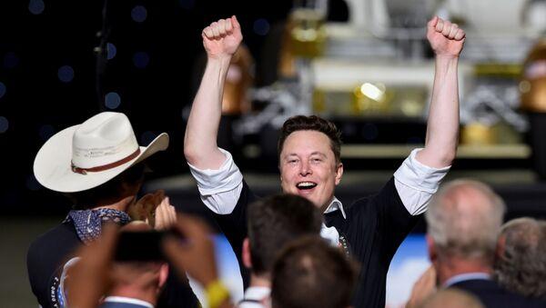 El CEO de Tesla, Elon Musk - Sputnik Mundo