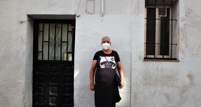 Asunción Carbonell, de 65 años, asistente a la paralización del desahucio en Vallecas, un barrio del sureste de Madrid