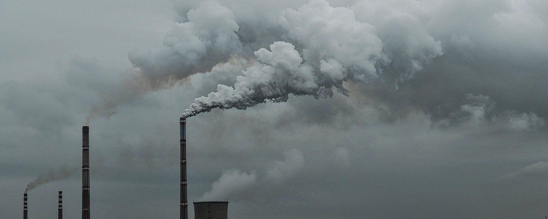 Las emisiones del dióxido de carbono  - Sputnik Mundo, 1920, 27.08.2020