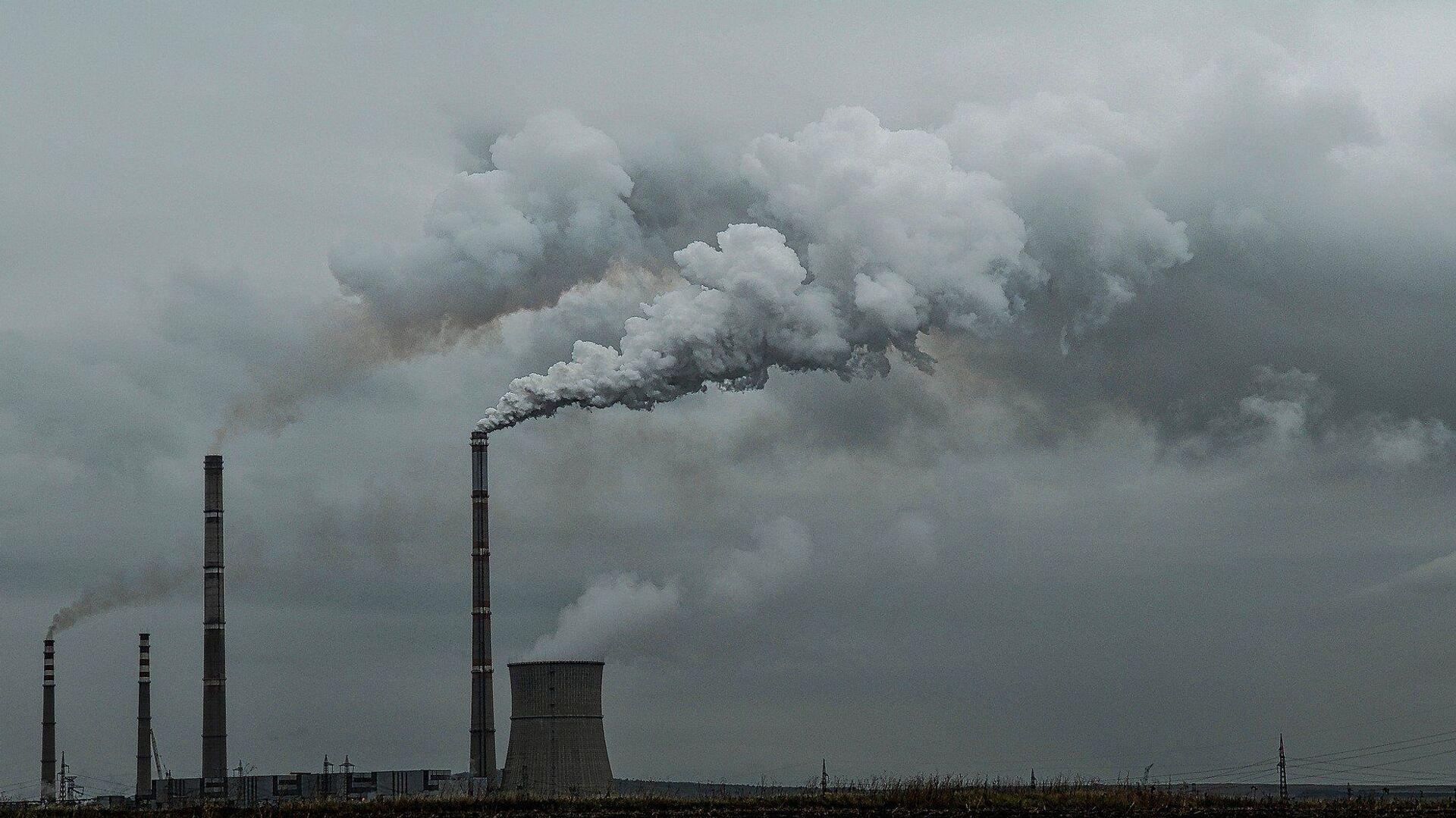 Las emisiones del dióxido de carbono  - Sputnik Mundo, 1920, 22.04.2021