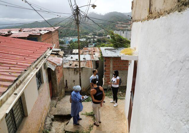 Doctores en un barrio de Caracas, Venezuela