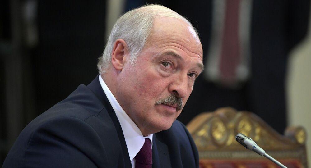 El presidente Lukashenko es reelegido con el 80 % de los votos — Bielorrusia