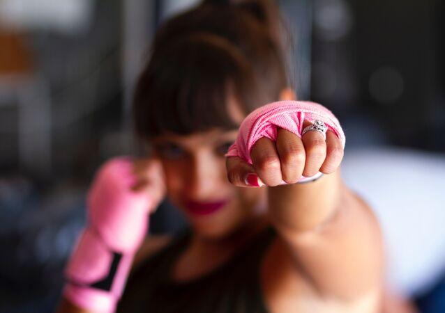 Una boxeadora (imagen referencial)