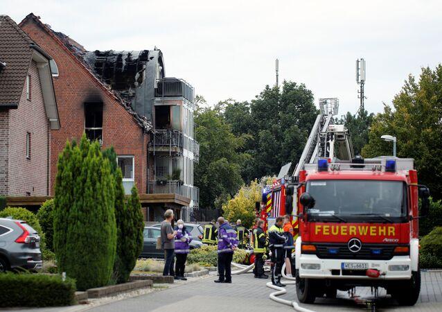 Una avioneta choca contra un edificio residencial en Alemania