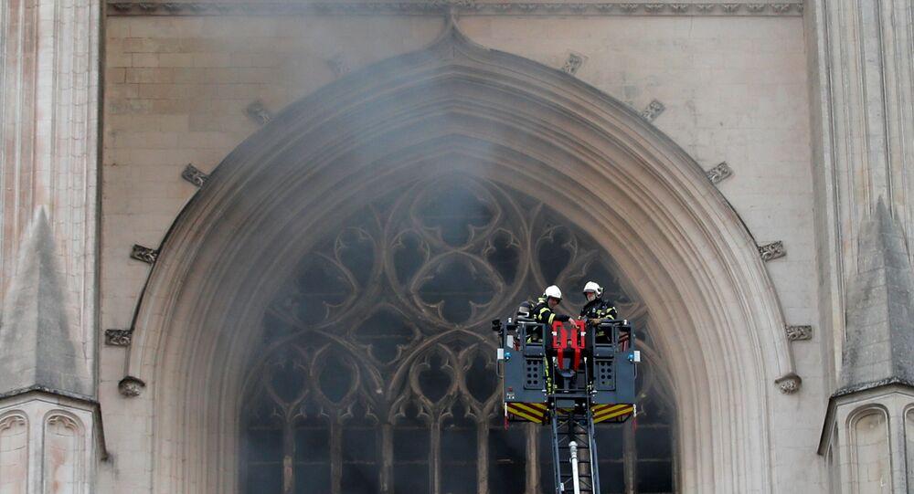 El incendio en la catedral de Nantes