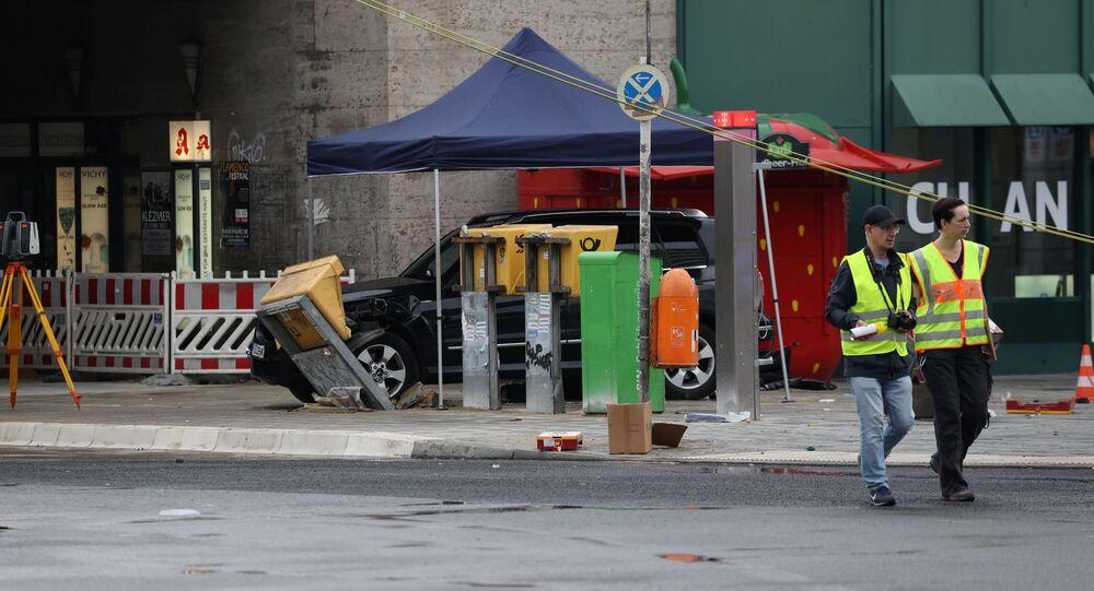 Lugar donde un coche embistió contra peatones en Berlín