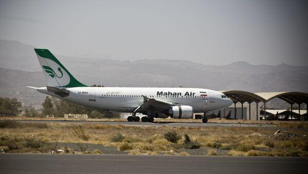 Una aeronave de la aerolínea iraní Mahan Air (archivo) - Sputnik Mundo