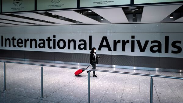 Un aeropuerto británico - Sputnik Mundo
