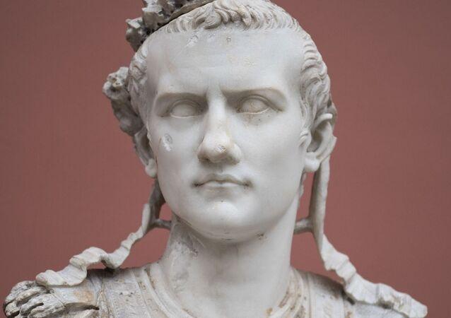 Un busto de Calígula