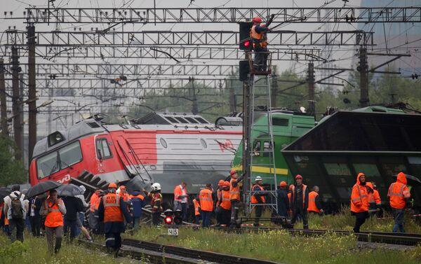 Colisión de locomotoras en San Petersburgo - Sputnik Mundo