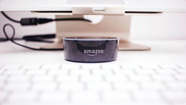 Alexa de Amazon - Sputnik Mundo