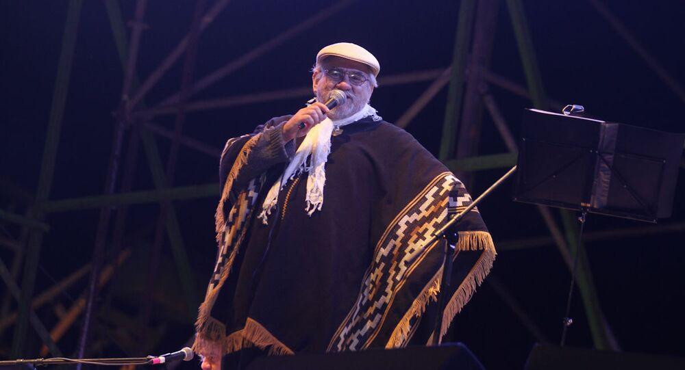 Cantautor chileno Humberto Baeza, más conocido como Tito Fernández