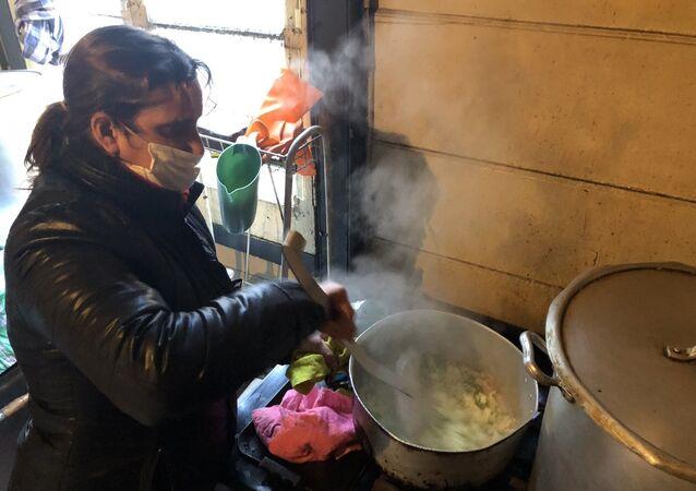 El comedor comunitario Pancita llena, corazón contento da de comer a 250 familias en el barrio de La Boca
